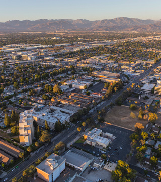 Explore The Neighborhood - Media West Realty